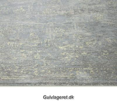 Grey Flannel 8247